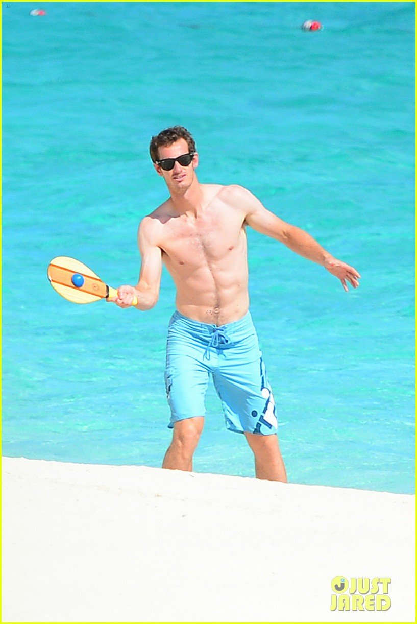 shirtless andy murray ibiza beach besos with kim sears 192909835