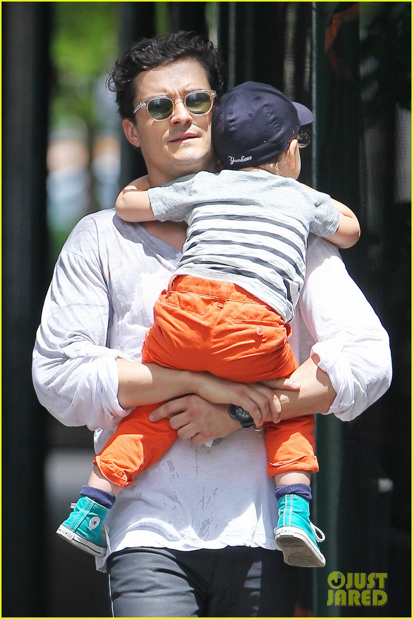 orlando bloom takes flynn to central park miranda kerr hits jfk 192909404