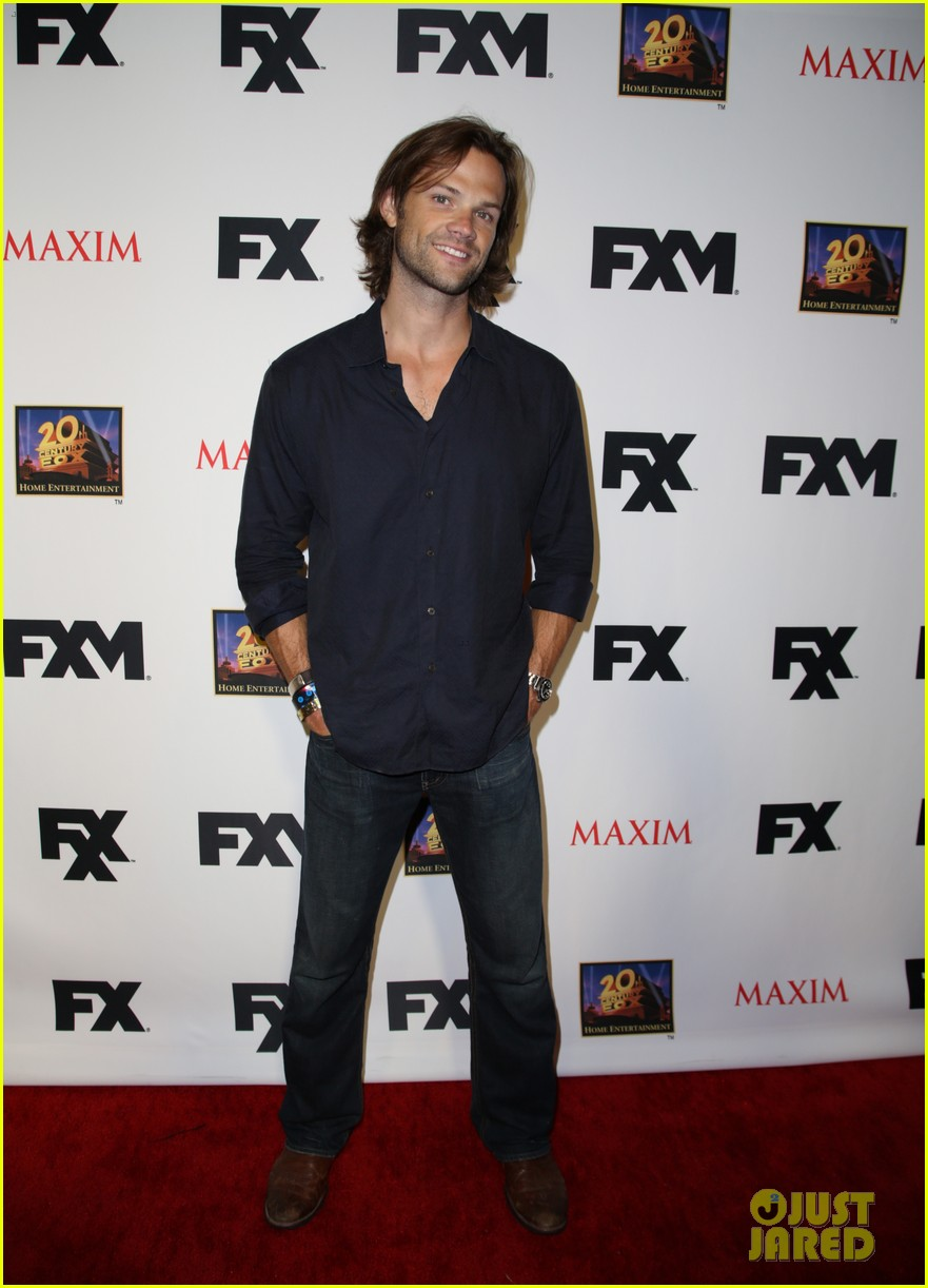 jared padalecki expecting second child with wife genevieve 032913281
