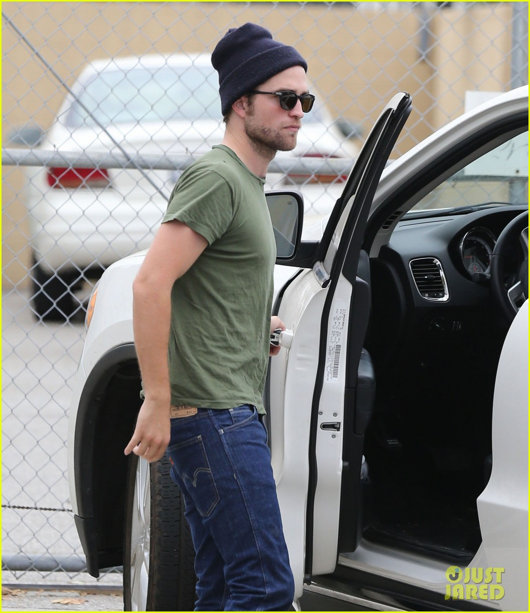robert pattinson more time at the studio 132907888