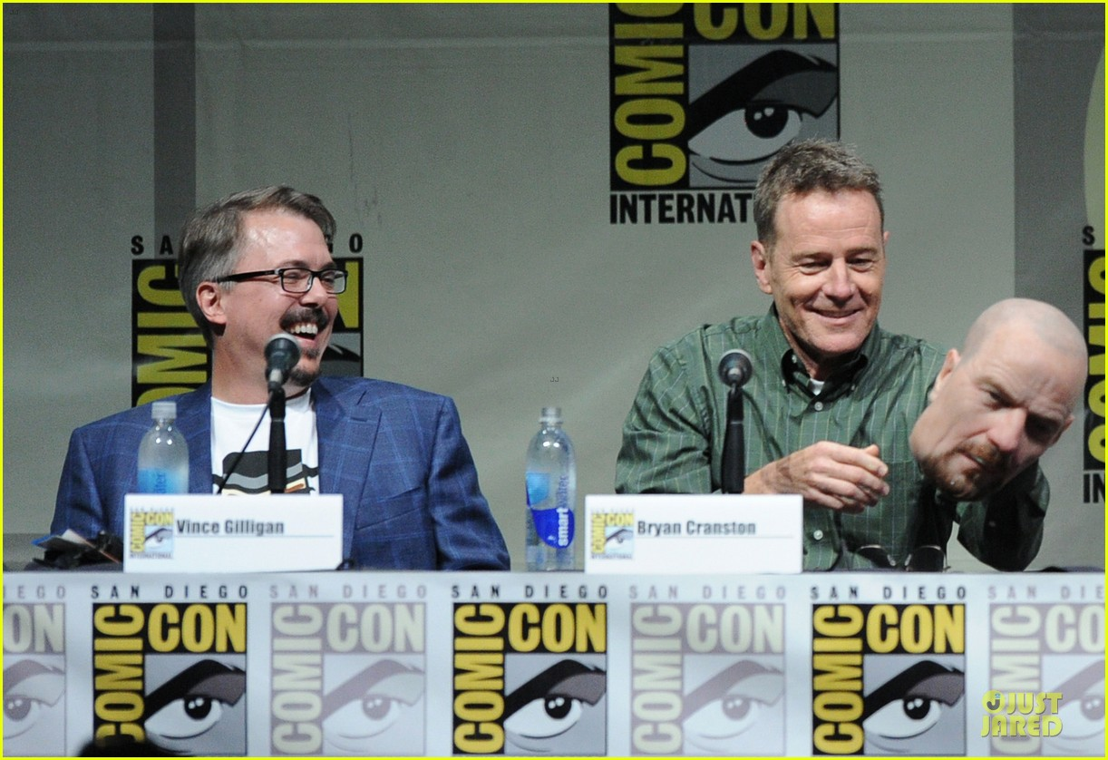 aaron paul bryan cranston breaking bad panel at comic con 25