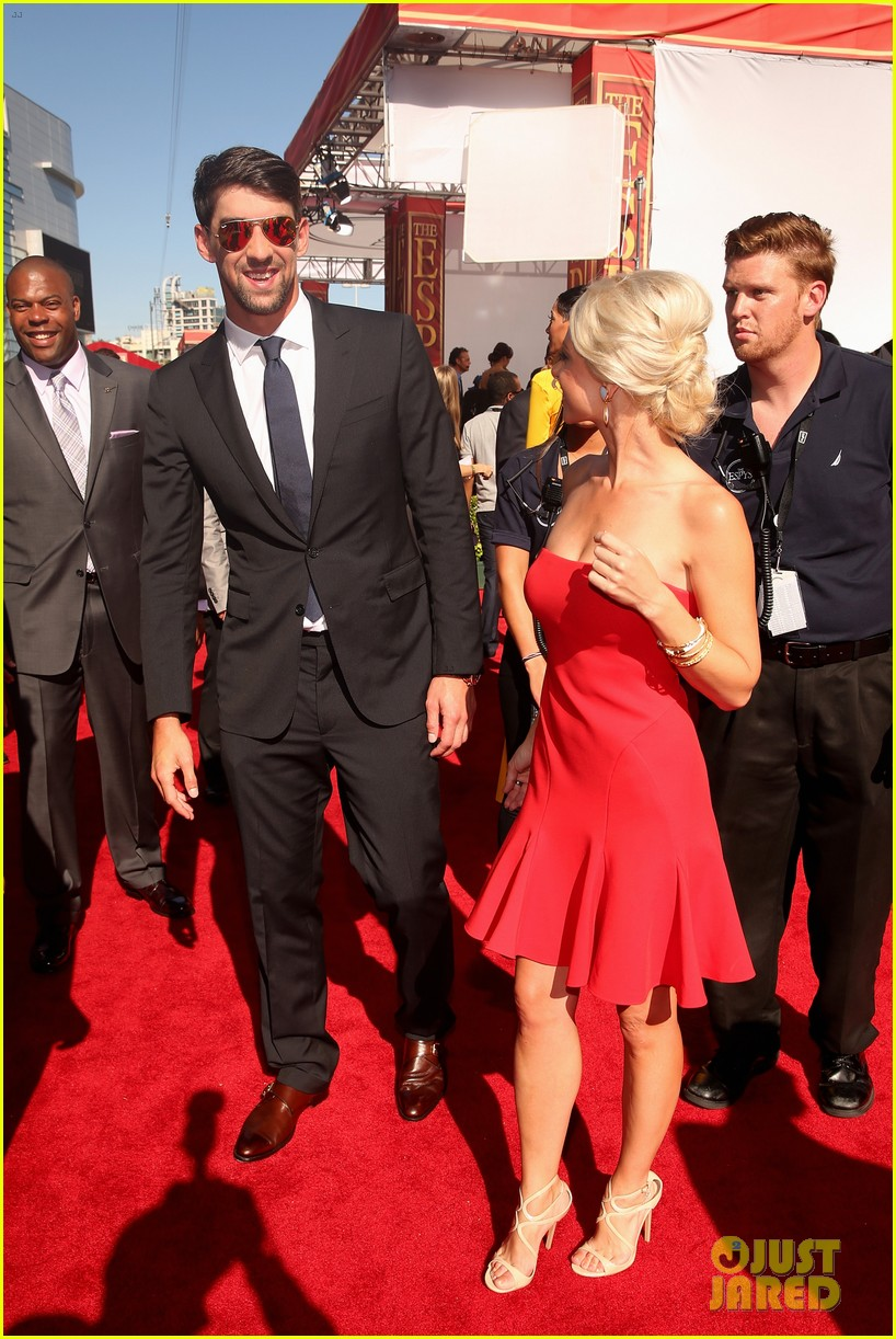 michael phelps new girlfriend espys 2013 red carpet 012911138