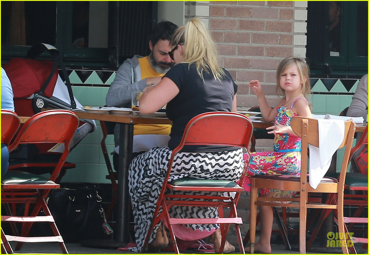 busy philipps post baby body at little doms 06