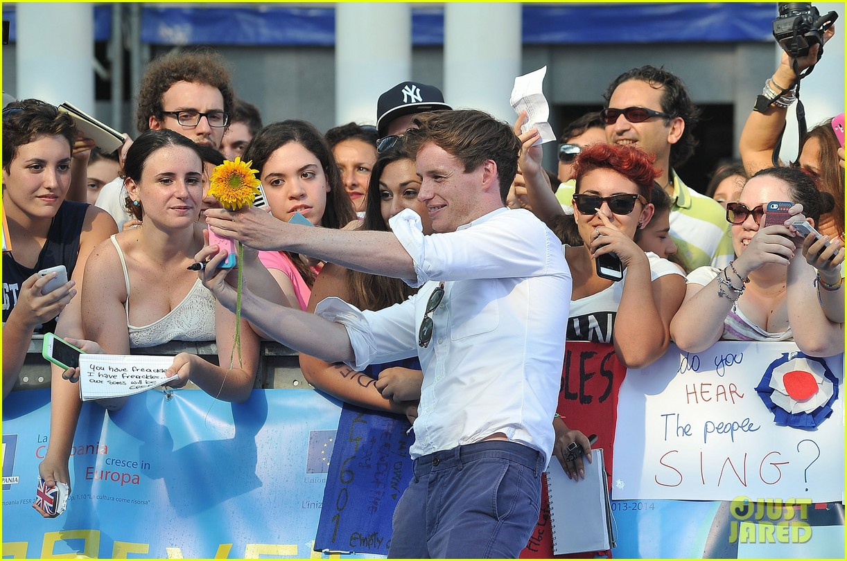 eddie redmayne giffoni film festival photo call 05