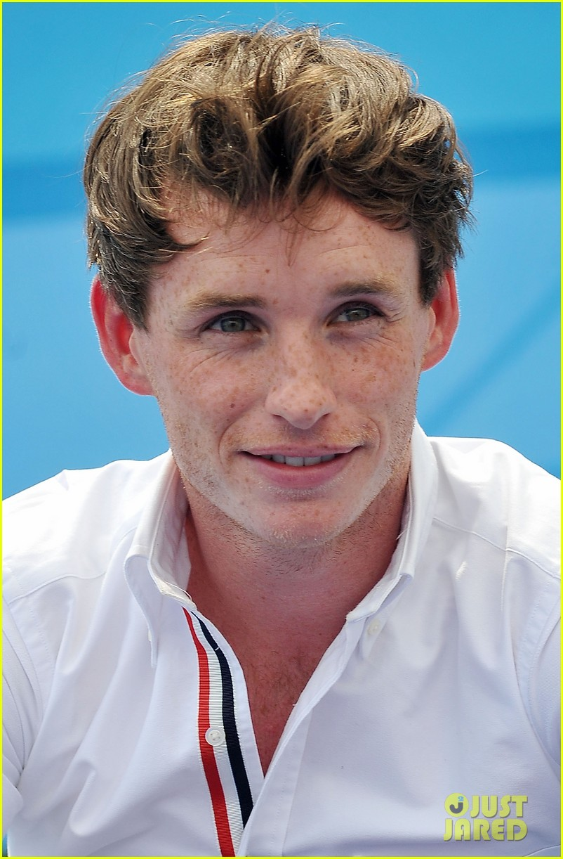 eddie redmayne giffoni film festival photo call 09