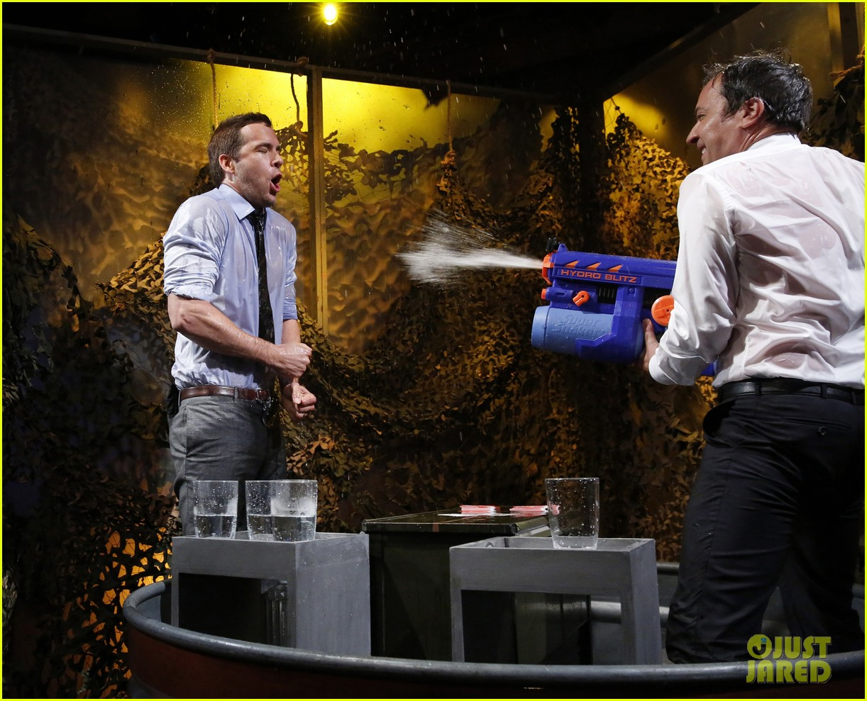 ryan reynolds gets soaking wet in jimmy fallon water war 05