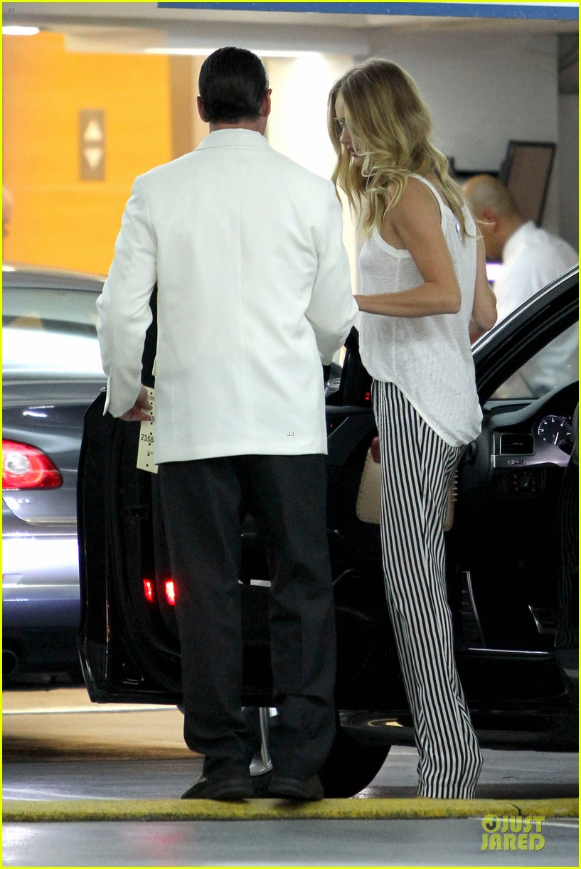 rosie huntington whiteley jason statham doctor appointment after lunch 202910618