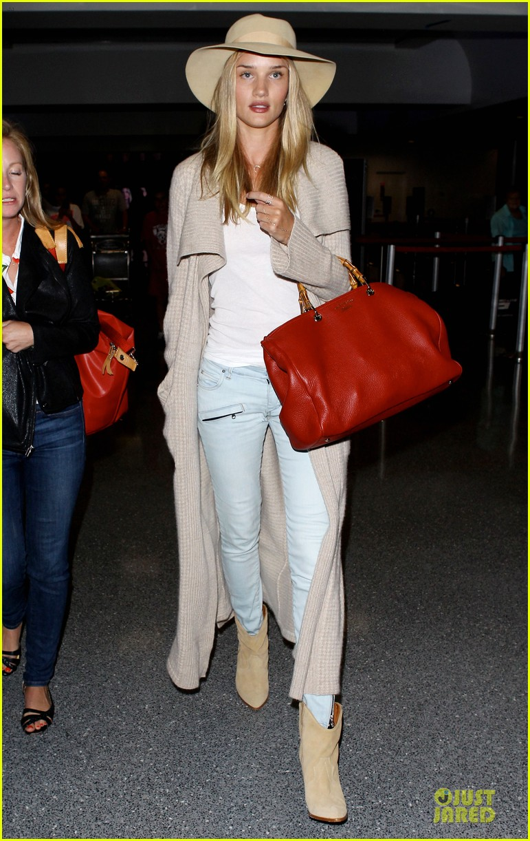 rosie huntington whiteley lax departure after jason statham lunch date 03