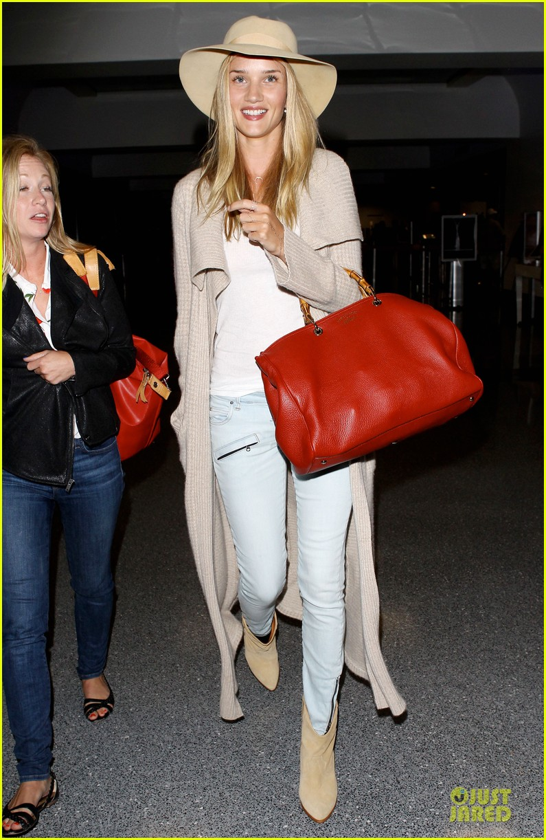 rosie huntington whiteley lax departure after jason statham lunch date 05