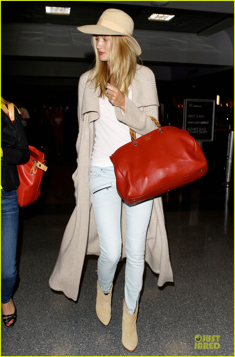 rosie huntington whiteley lax departure after jason statham lunch date 13
