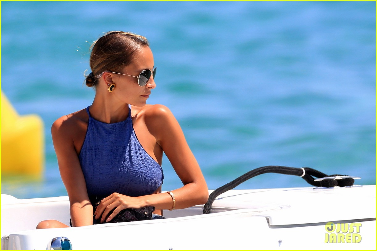 nicole richie wears bikini shops in saint tropez 14