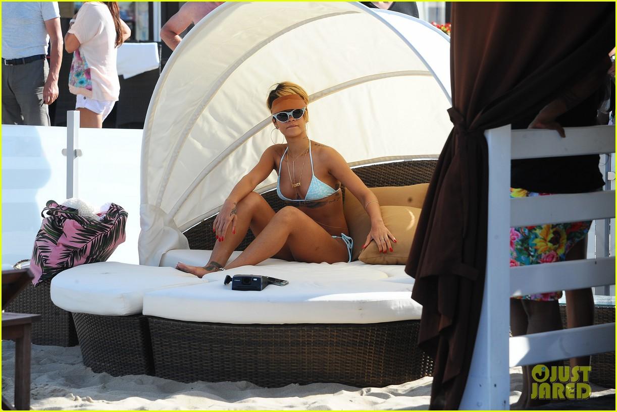 rihanna bikini babe in poland more 21