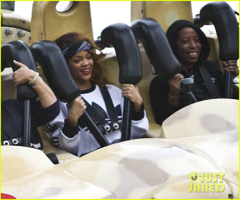 rihanna rides roller coaster at tivoli gardens 01