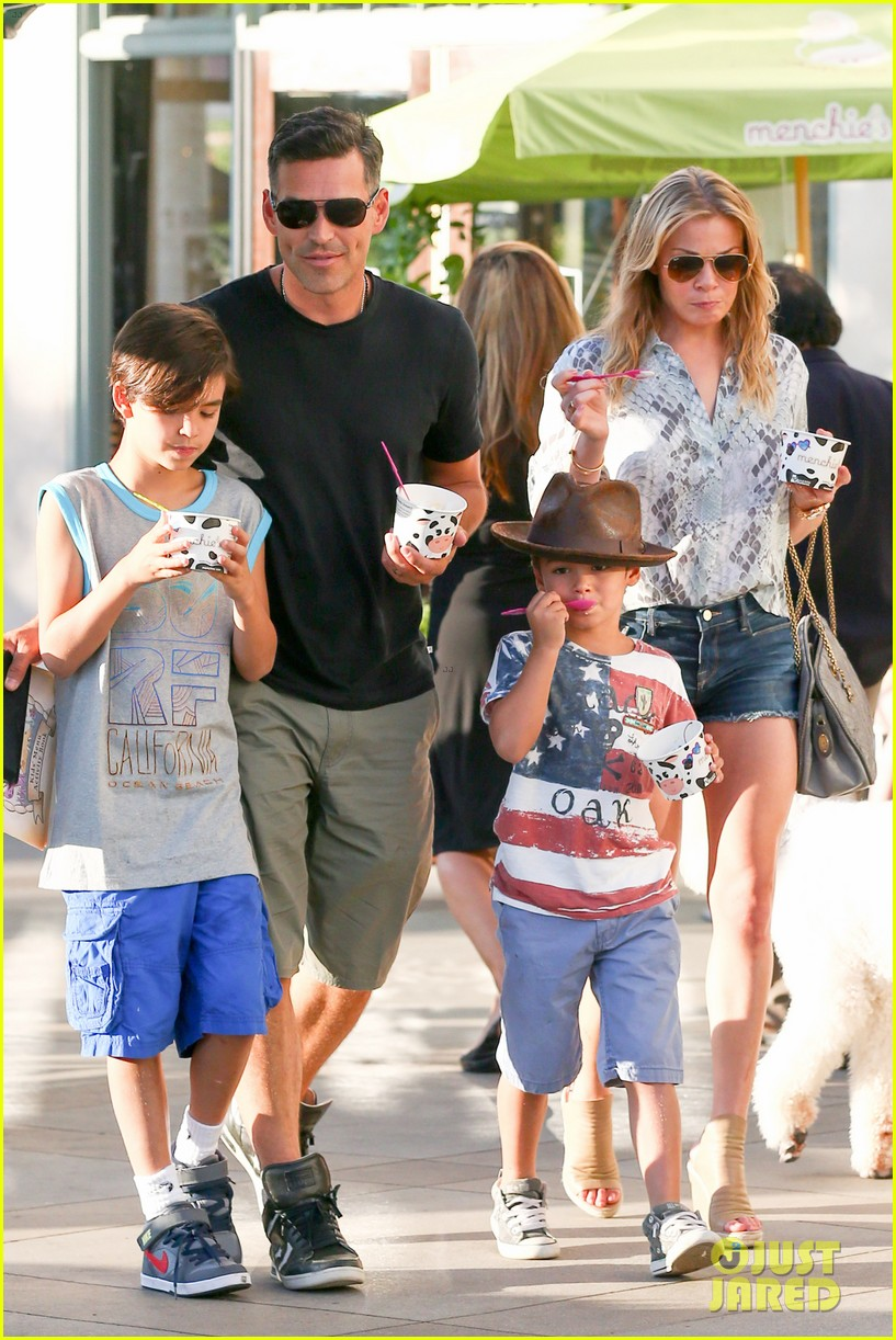 leann rimes eddie cibrian get the menchies munchies 082908757
