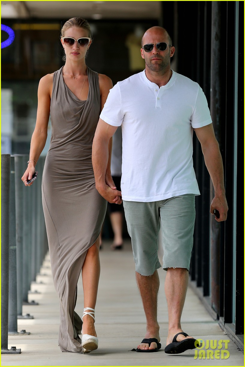rosie huntington whiteley jason statham lunch lovers 032905017
