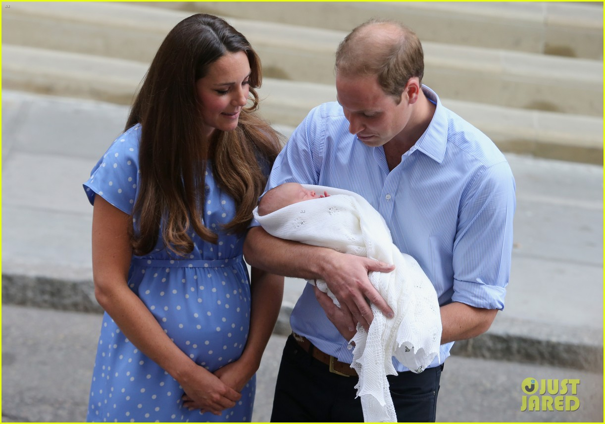 royal baby first photos 09