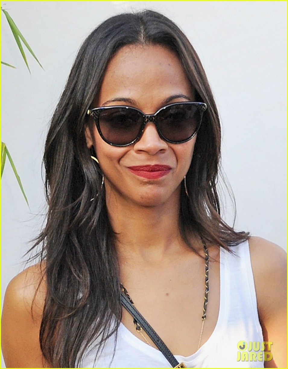 zoe saldana rolling stones at british summer time hyde park 03