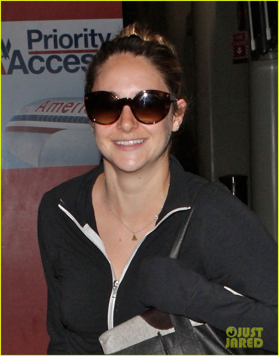 shailene woodley back in la after spectacular now promo 032918893