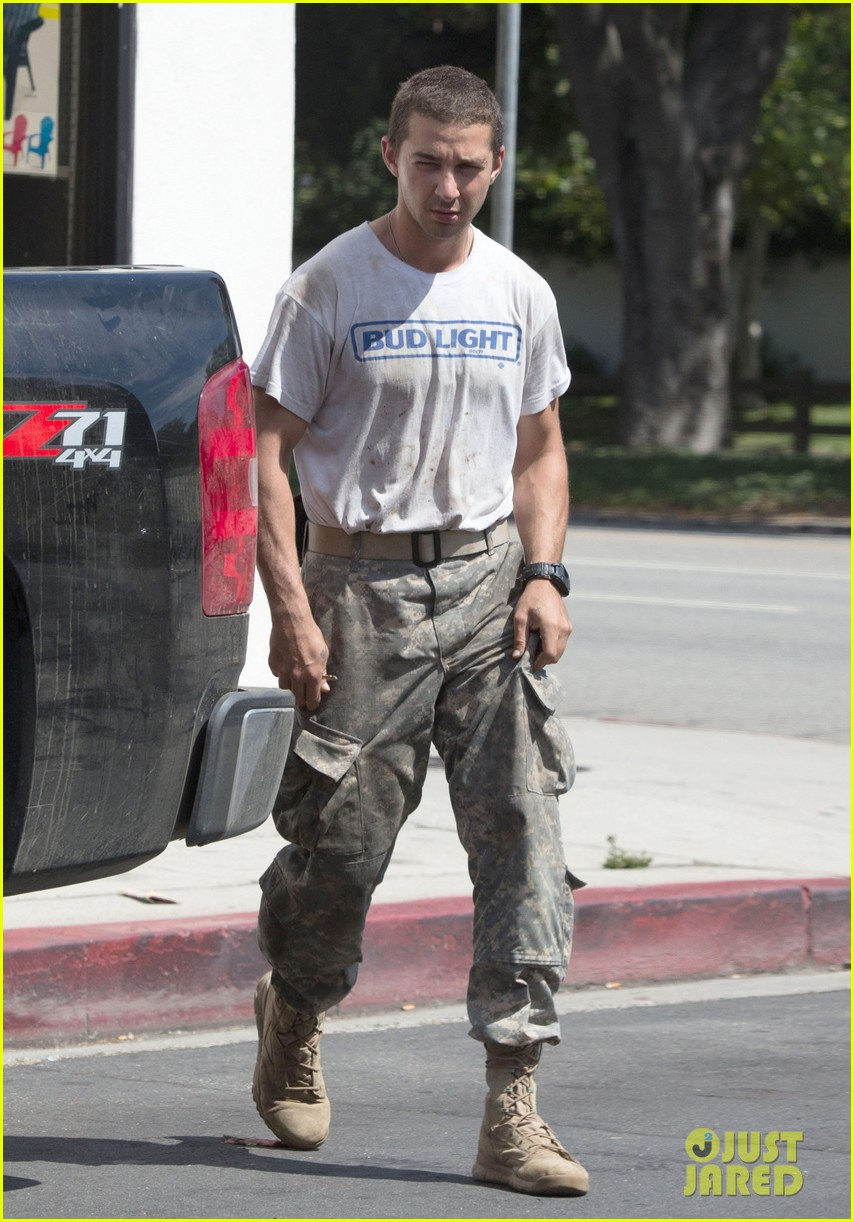 shia labeouf wears same outfit for third time in one week 04
