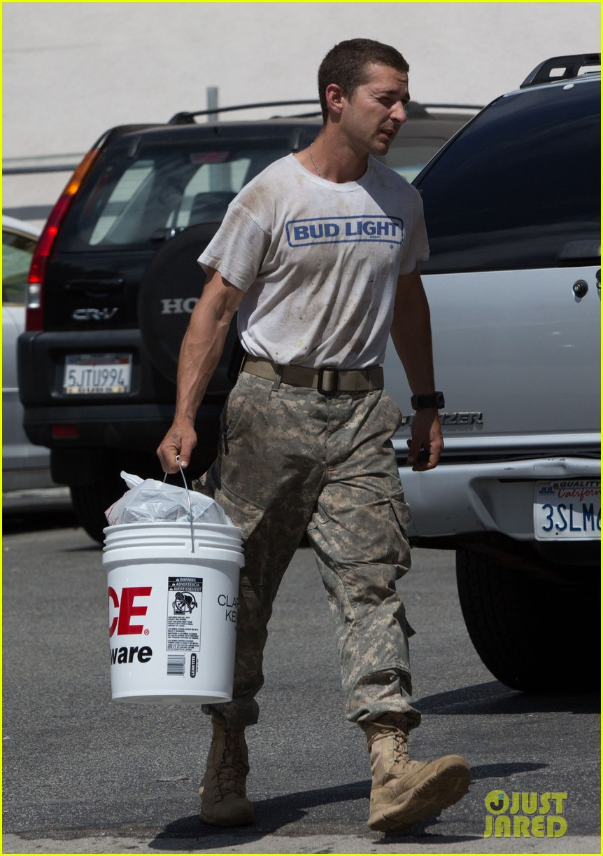 shia labeouf wears same outfit for third time in one week 09