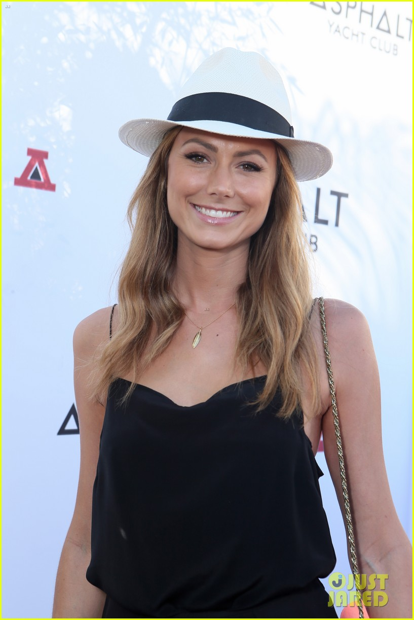 stacy keibler ryan phillippe asphalt yacht club party 04