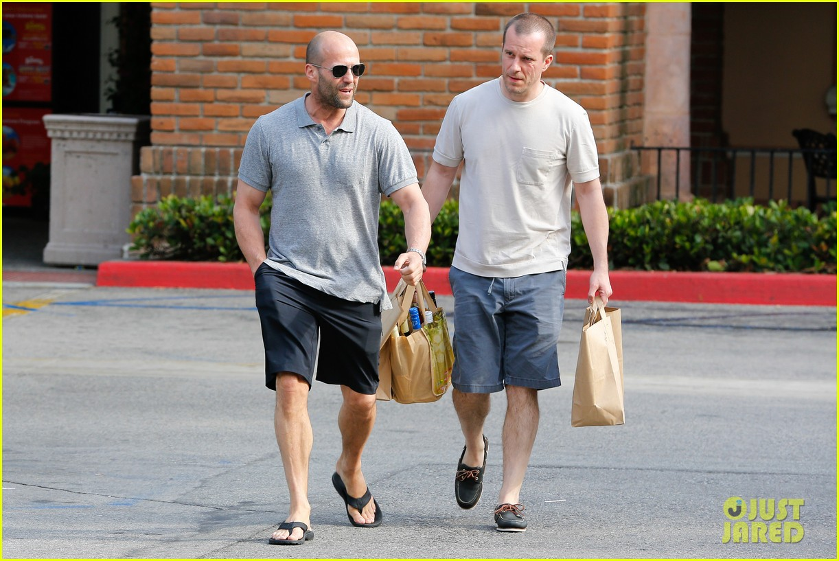jason statham pre fourth of july grocery run 142903878