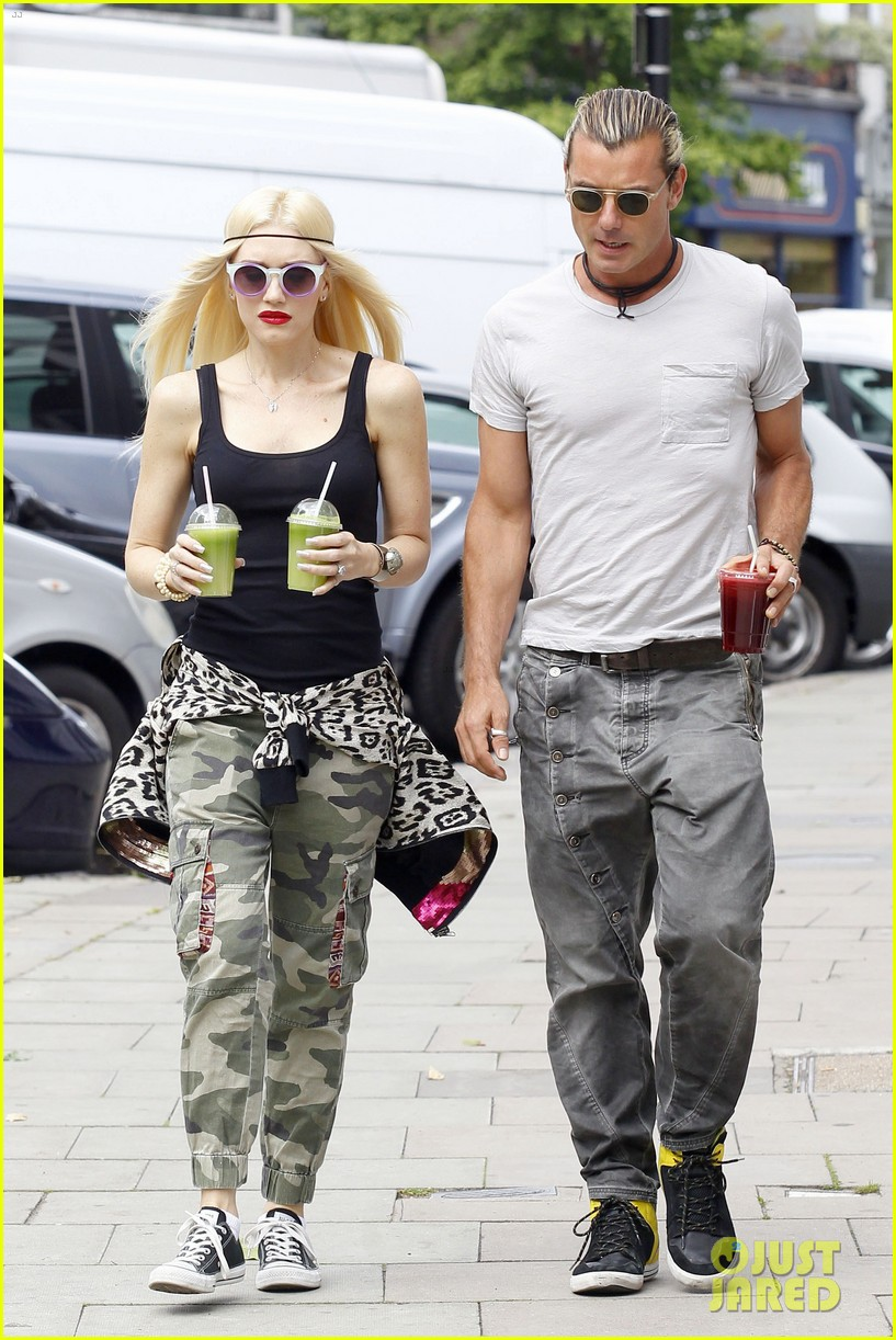 gwen stefani gavin rossdale roam london with the boys 162919437