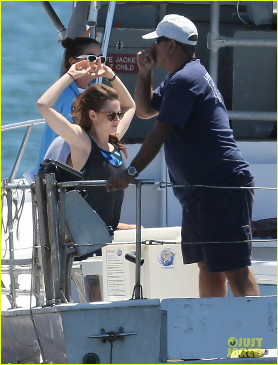 kristen stewart begins filming x ray camp 12