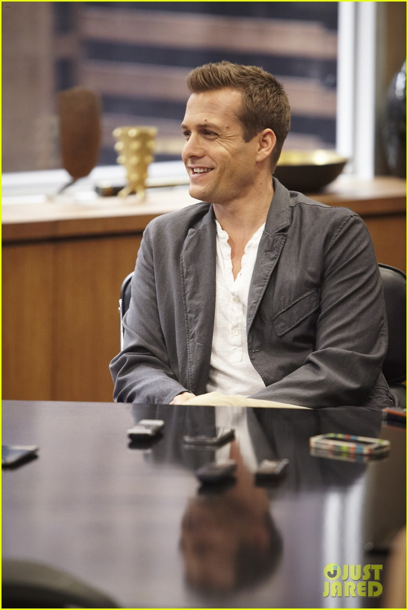 suits season 3 10 things to know from just jared set visit 012907953