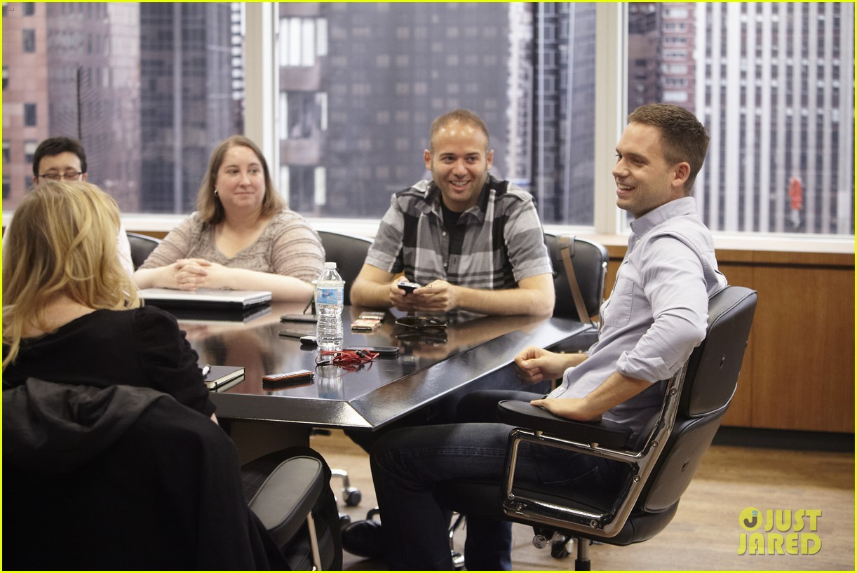 suits season 3 10 things to know from just jared set visit 07