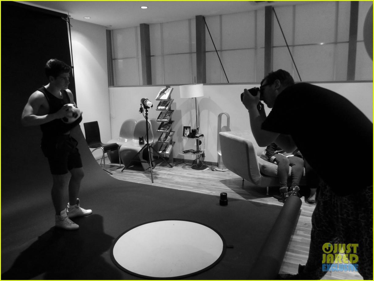 gregg sulkin jj spotlight of the week exclusive behind the scenes pics 032921106
