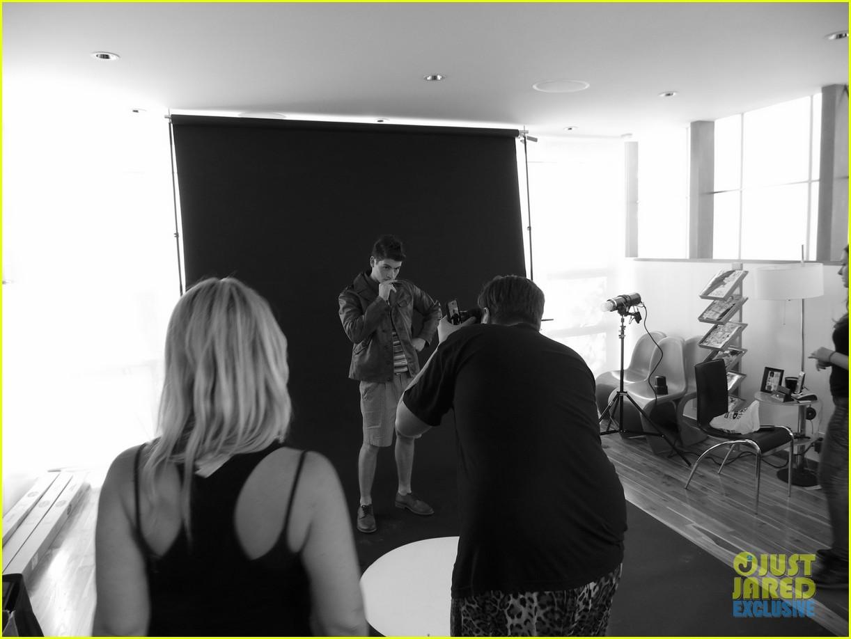 gregg sulkin jj spotlight of the week exclusive behind the scenes pics 07