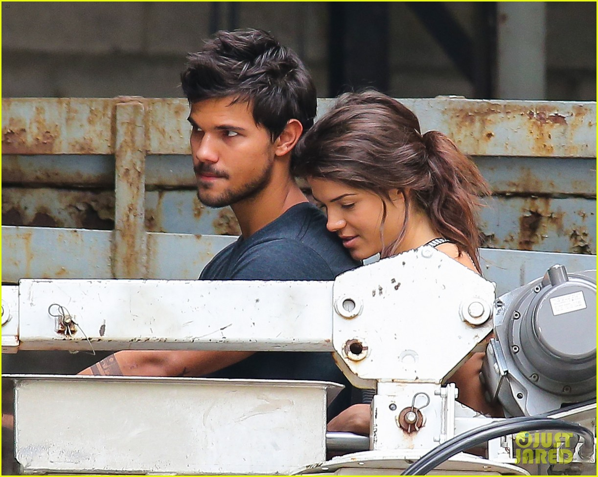 taylor lautner marie avgeropoulos tracers romance 042918674