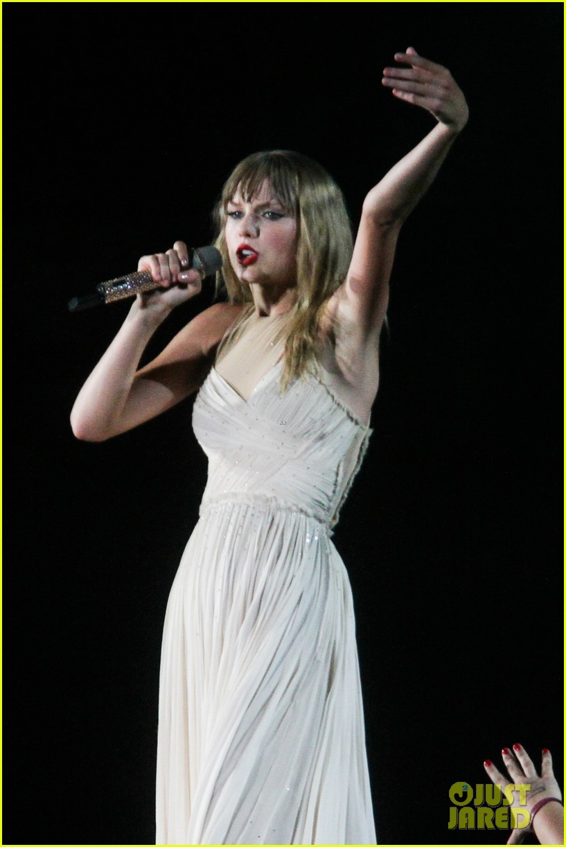taylor swift new jersey concert photos video 052909208