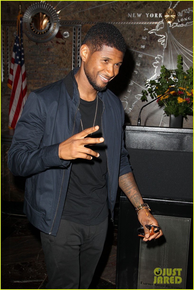 usher lights empire state building before 4th of july fireworks 18