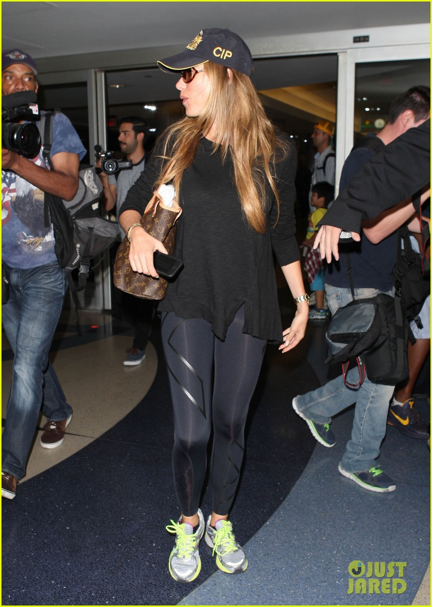 sofia vergara says goodbye to vacation hello to work 07