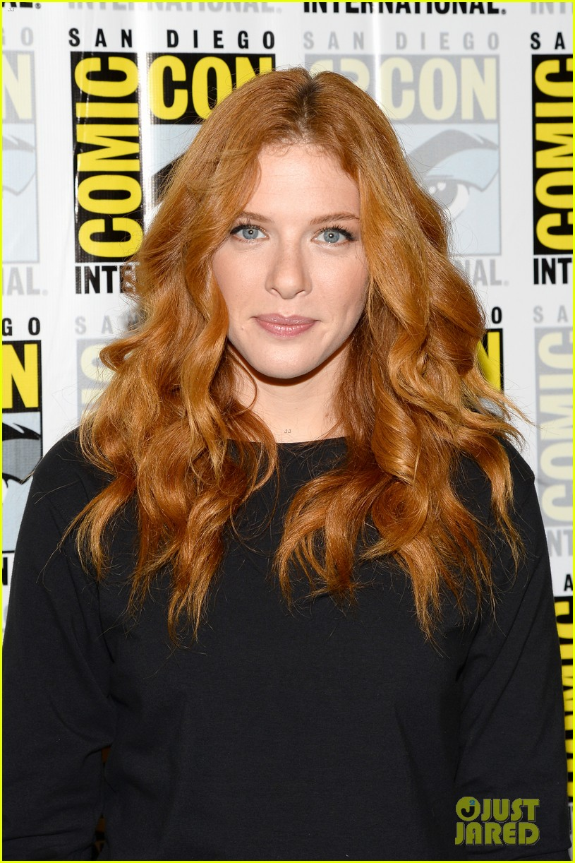 mike vogel rachelle lefevre under the dome at comic con 132913412