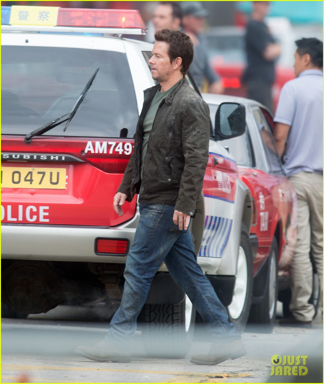 mark wahlberg nicola peltz film transformers 4 with jack reynor 072921053