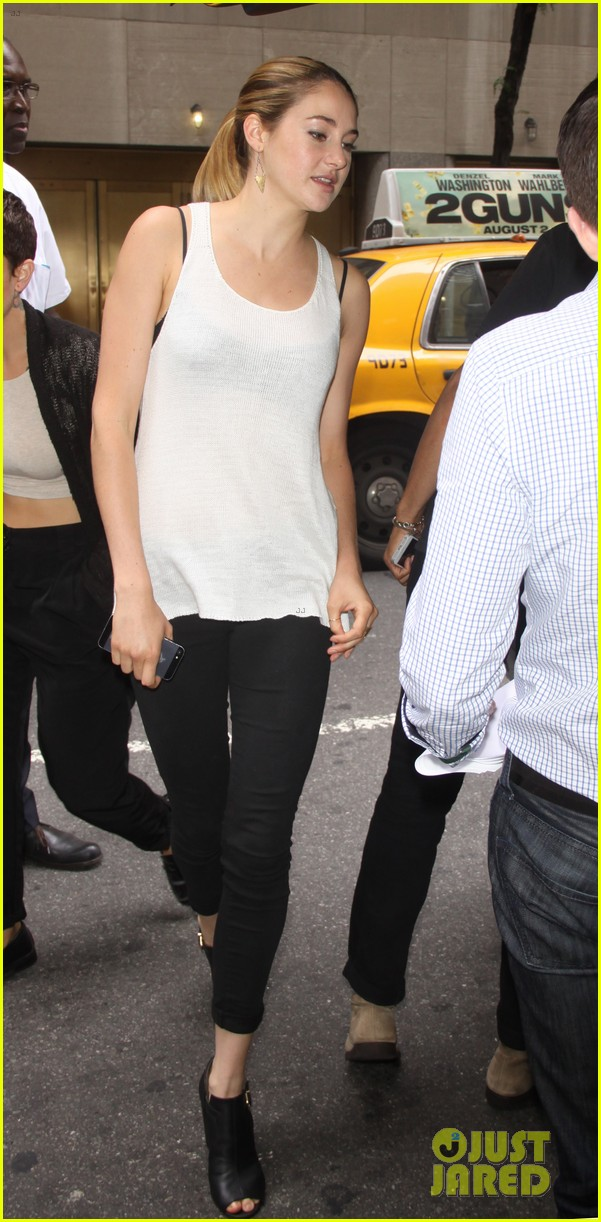 shailene woodley spectacular now promo in new york 06