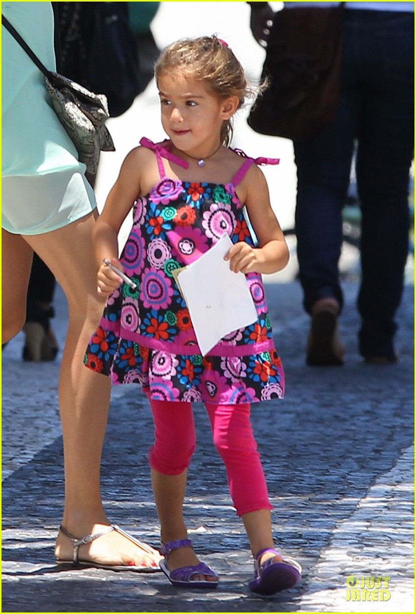 adriana lima family lunch with valentina sienna 19