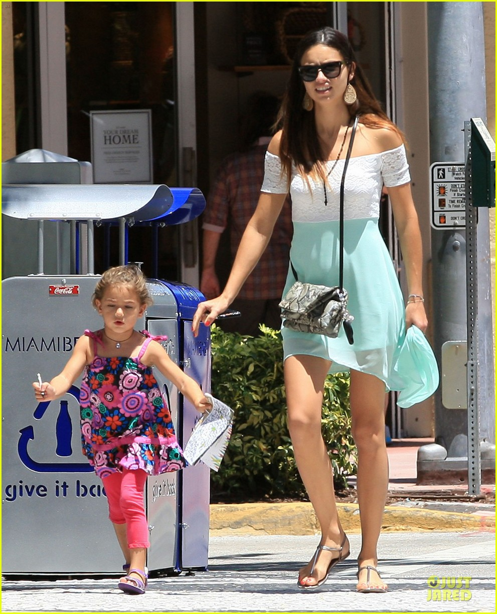adriana lima family lunch with valentina sienna 212929642