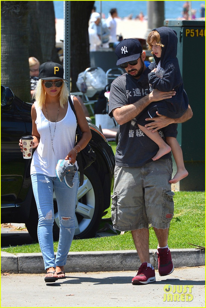 christina aguilera hits the beach with jordan bratman max 032928706