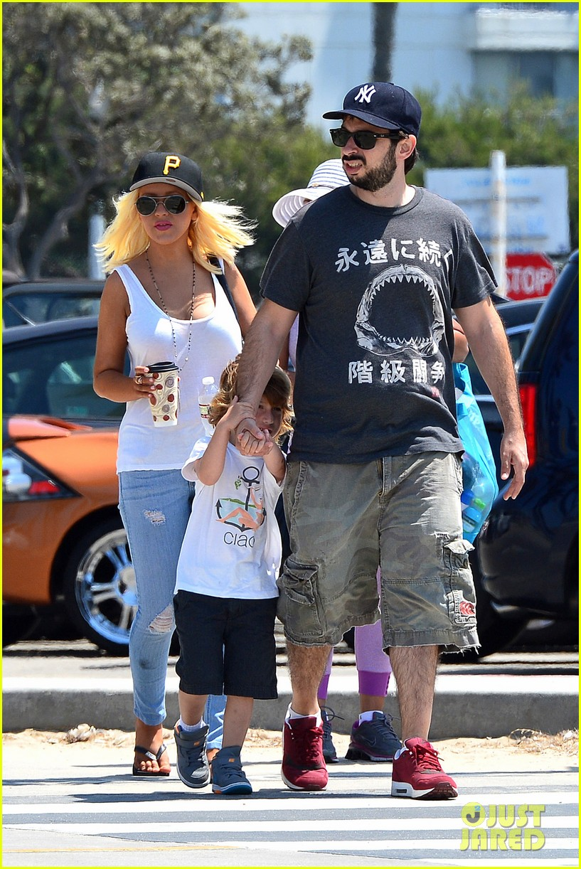 christina aguilera hits the beach with jordan bratman max 102928713