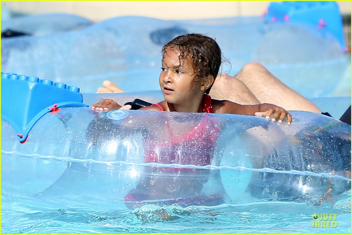halle berry olivier martinez legoland with nahla 252934149