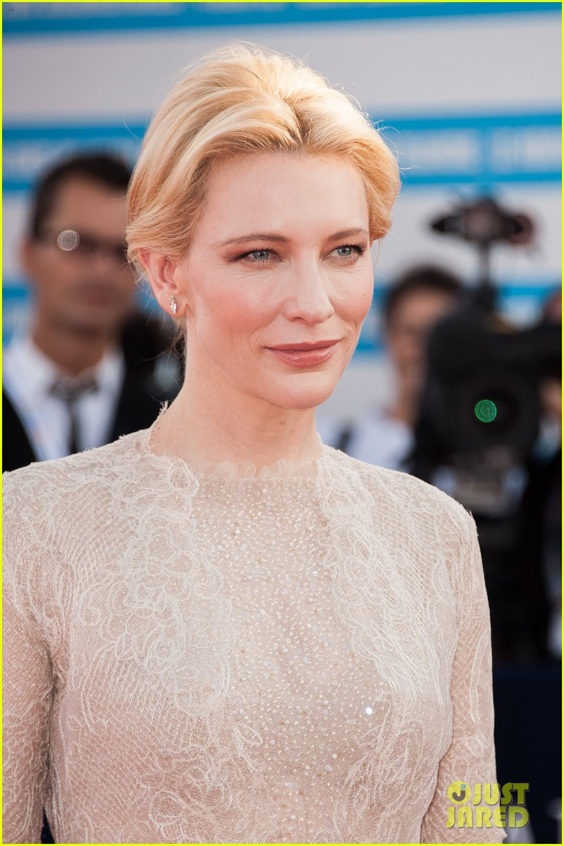 cate blanchett michael douglas deauville opening ceremony 14