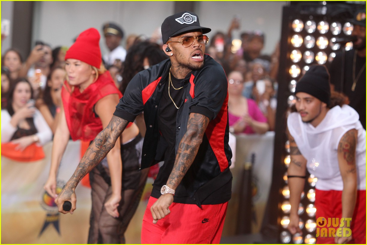 chris browns today show appearance ill keep working for my fans 01