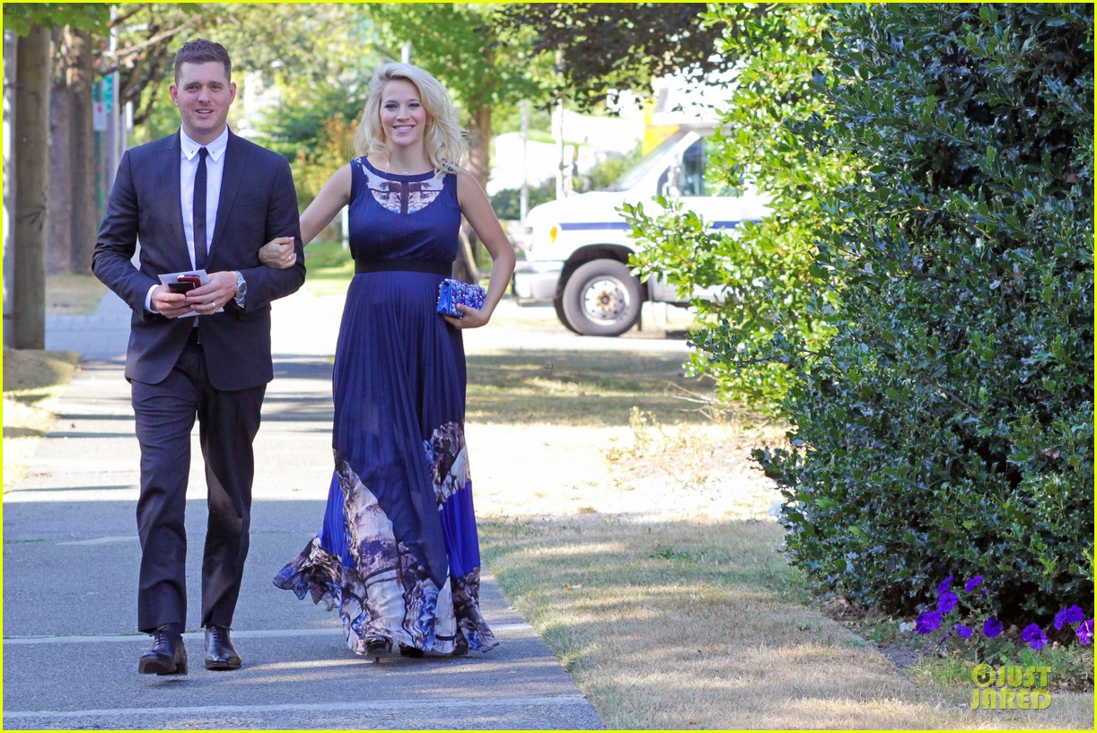 michael buble lusiana lopilato vancouver wedding couple 062928959