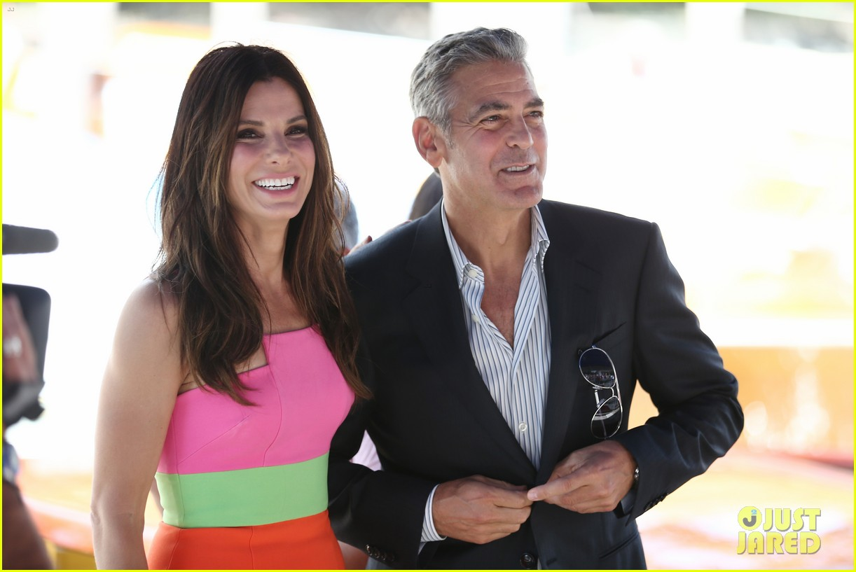 sandra bullock george clooney gravity venice photo call 03