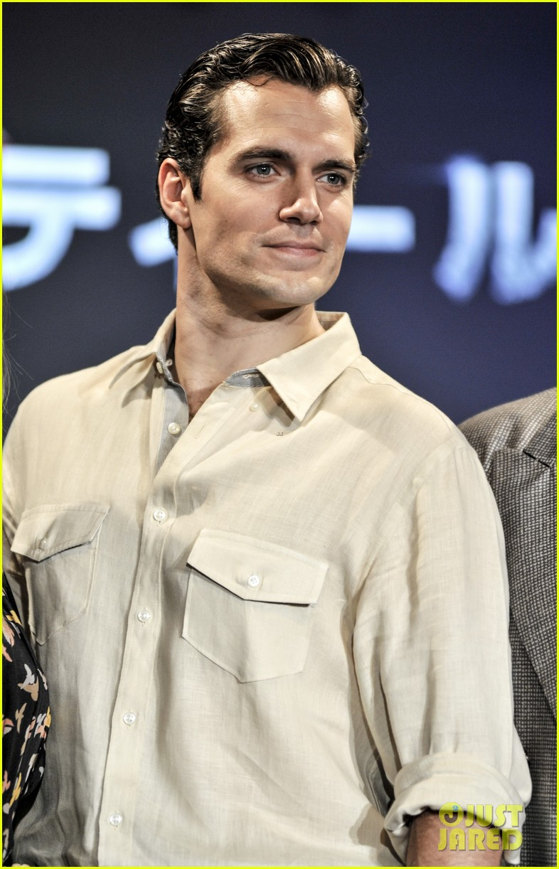 henry cavill man of steel japan press conference 052935224