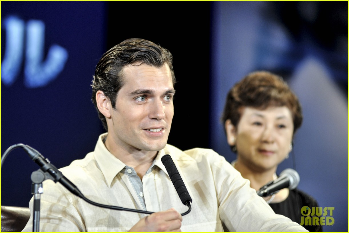 henry cavill man of steel japan press conference 06